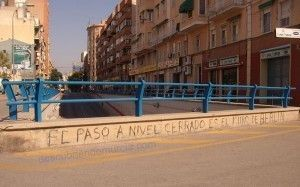 paso a nivel Murcia Murcia y su Muro de Berlín