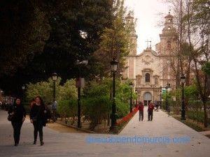 iglesia barrio del carmen2 300x225 Jardín de Floridablanca, el primer jardín público de España