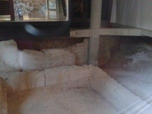 panteon islamico Santa Eulalia Murcia 300x225 Descubierto un panteón árabe en la Plaza de Santa Eulalia de Murcia