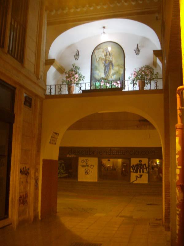 Arco calle Aurora Murcia Los versos de Jorge Guillén a la calle Aurora