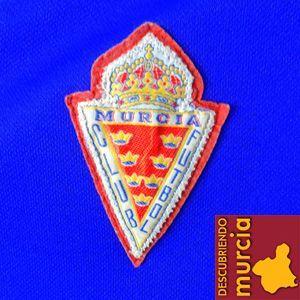 Real Murcia escudo Papá ¿Por qué somos del Real Murcia?...