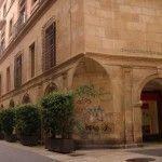 Puede ir a la cárcel el autor de las pintadas en el Palacio Episcopal y la Catedral