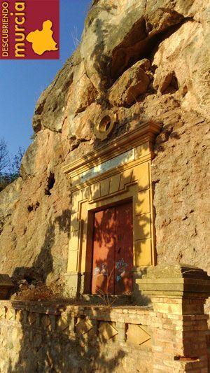 Santuario Fuensanta Murcia Cúpula del Santuario de La Fuensanta en un plato