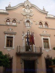 Universidad de Murcia La Merced1 225x300 Alfonso X el Sabio y las 5 coronas de su escudo
