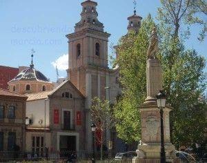 monumento Conde Floridablanca Murcia 300x236 El Conde de Floridablanca contra los Jesuitas
