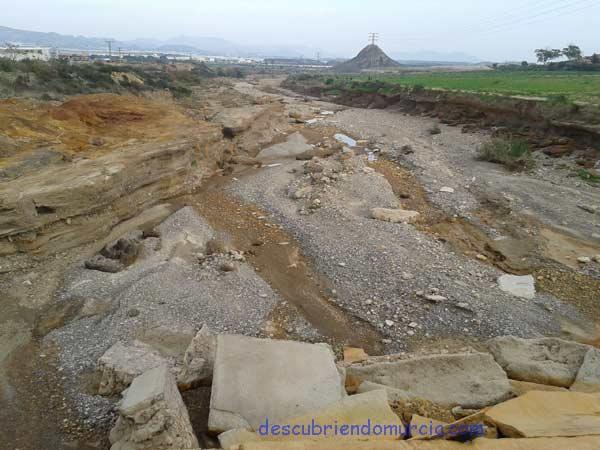 Rambla Moreras Mazarron lluvias torrenciales Reparar el cauce de la rambla de Las Moreras