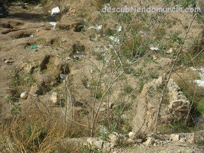 Algezares restos arqueologicos Charla sobre el descubrimiento de un posible edificio áulico en Algezares