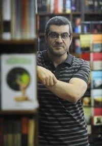 Ruben Castillo Gallego Hablamos con Rubén Castillo y El Globo de Hitler