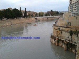 Molinos Nuevos 24 piedras Murcia rio Segura 300x225 Los Molinos Nuevos de Murcia, el mayor complejo para moler de Europa