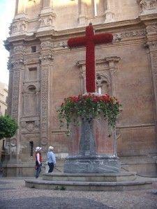 Plaza de la Cruz Murcia 225x300 Plaza de la Cruz y la primitiva iglesia Catedral de Murcia