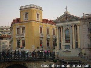 Virgen de los Peligros 300x225 Virgen de los Peligros que perdió su ermita en favor del Puente Viejo