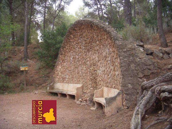 fuente rubeos sierra espuna La misteriosa estatua del Durmiente de Sierra Espuña