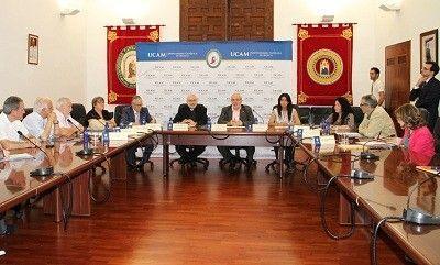 Firma convenios voluntariado ucam Comprometidos con el Voluntariado en Murcia