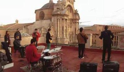Nowhere Band Como los Beatles... tocando en una terraza de Murcia