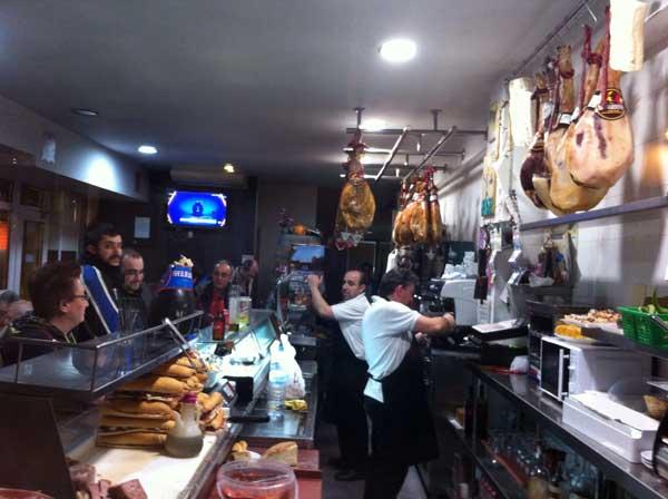 Pepe de los jamones Pepe de los jamones uno de los bares míticos de Murcia