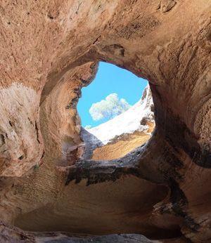 Monte Arabi Monte Arabí en Yecla y sus dientes de tiburón