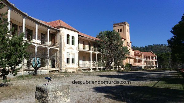 Sanatorio Tuberculosos Sierra Espuna El Sanatorio de Tuberculosos en el Parque Regional Sierra Espuña